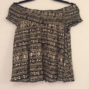 Mossimo's pattern off the shoulder top